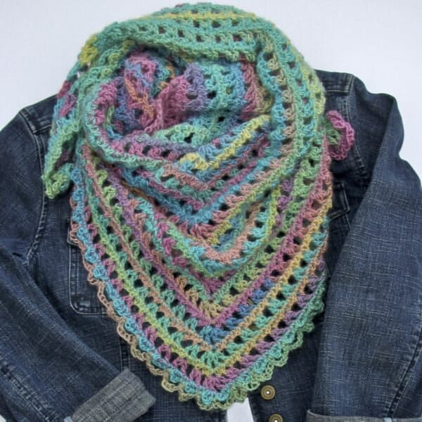 Candy Kisses Scarf 600x600 1
