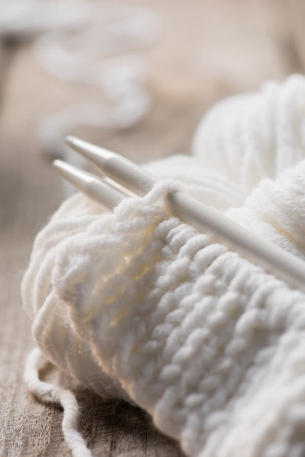 knitting a cashmere yarn