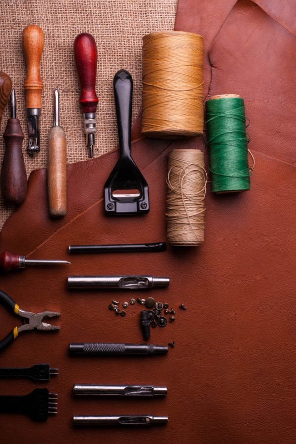 Leather craft sewing kit